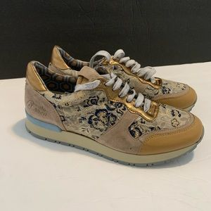 Le crown milano sneakers Wo's sz 6
